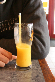 Smoothie mangue, fruits de la passion